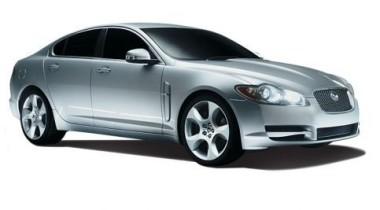 What Car? выбрал Jaguar XF