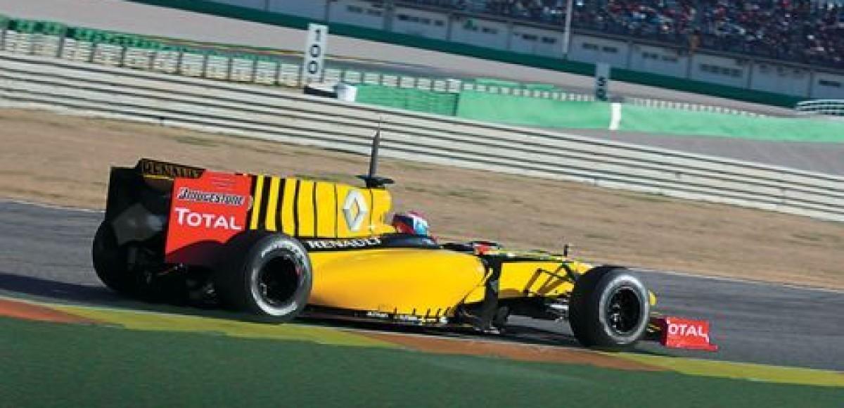 Виталий Петров сошел на 15-м круге Гран-при Бахрейна