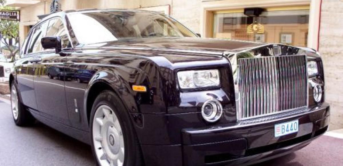 Лимузин Саддама Хусейна выставлен на торги