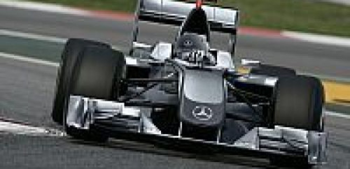 Mercedes купил команду Brawn