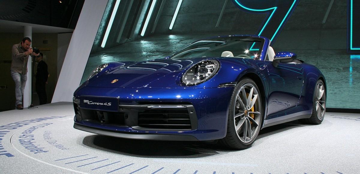 Porsche 911 Carrera 4S Cabriolet: вам задний или полный?