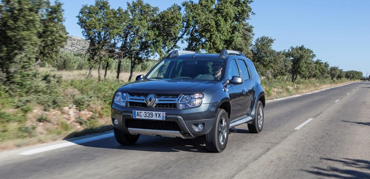 Компания Renault объявила цену на полноприводный  Duster