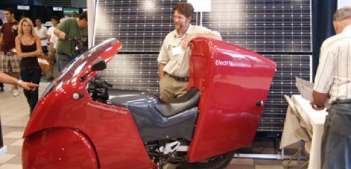 В Америке построен мотоцикл Prometheus, работающий от энергии Солнца