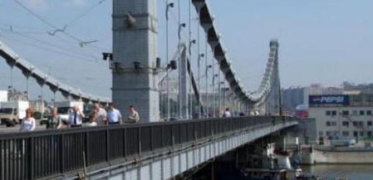 По Живописному мосту будет ограничено движение до 2012-го