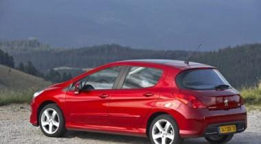 «Peugeot Россия» запускает кредитную программу для Peugeot 308 в версии Russian Pack
