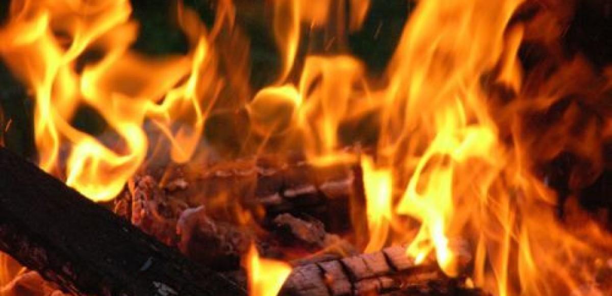 В Петербурге горел автосервис