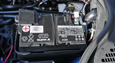Как завести мотор, если сел аккумулятор?