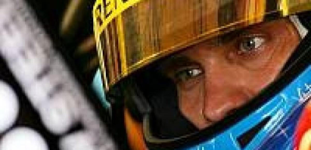 Renault мягко критикует Виталия Петрова