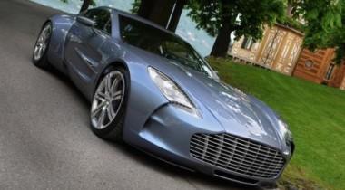 Владелец Aston Martin, попавшего в ДТП,  не знает, кто вел его машину