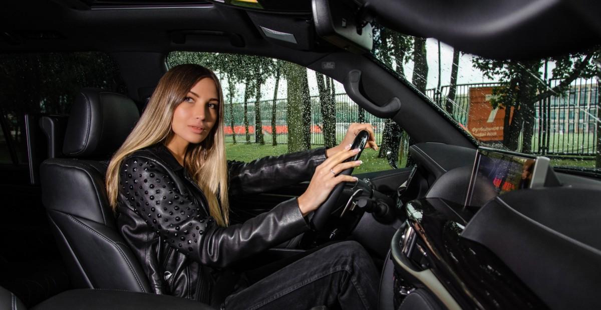 Тест самого дорогого внедорожника «Лексус»: почему Lexus LX 570 Black Vision стоит больше 8 млн рублей