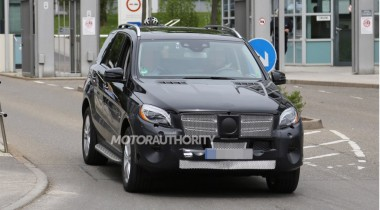 В сети появились фотографии нового Mercedes M-Class