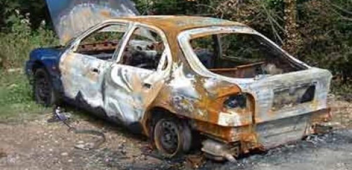 На Садовом кольце перекрыто движение из-за взорвавшейся машины