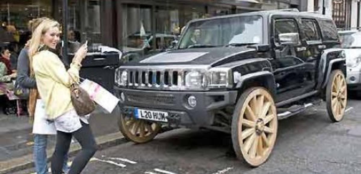 В Великобритании сконструирован Hummer с деревянными колесами