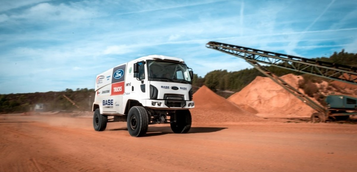 Ford Trucks участвует в ралли-марафоне «Дакар»