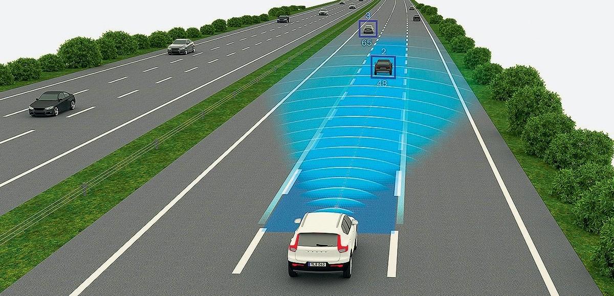 Почти автопилот: тестируем систему полуавтономного управления Volvo Pilot Assist II