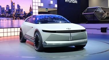 Hyundai 45 EV Concept: граненый дизайн и камеры-невидимки