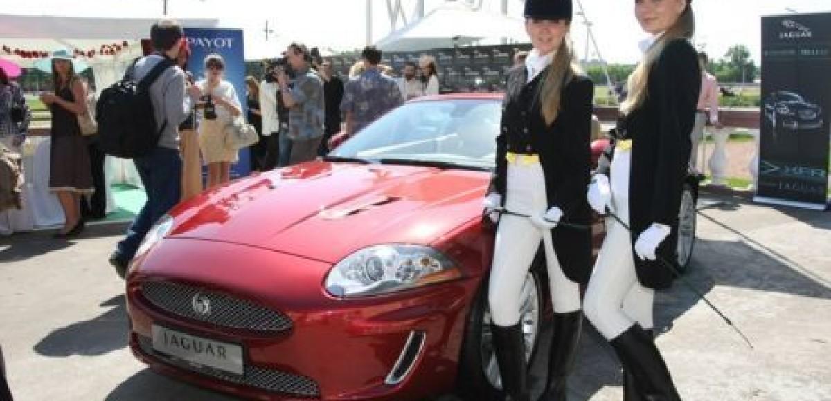 Jaguar стал официальным автомобильным партнером «Скачек Гран-При Радио Монте-Карло»
