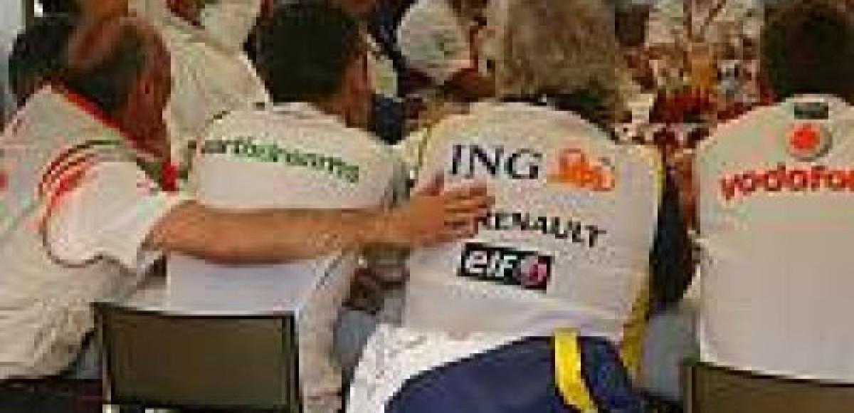 Телеметрия с гонок скоро появится в Интернете на сайтах команд?