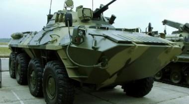 В Казахстане легковая Volvo вывела из строя 13 военнослужащих и один БТР