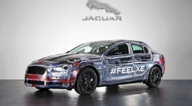 Jaguar XE показали публике