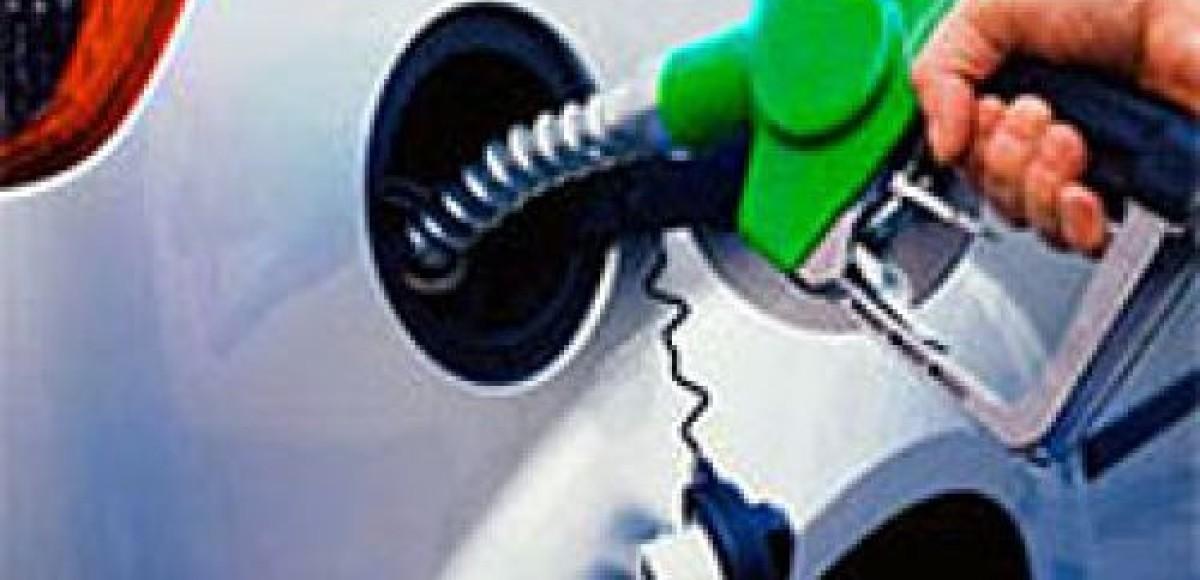 Американцы воруют бензин на заправках