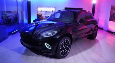 Первый кроссовер Aston Martin приехал в Россию