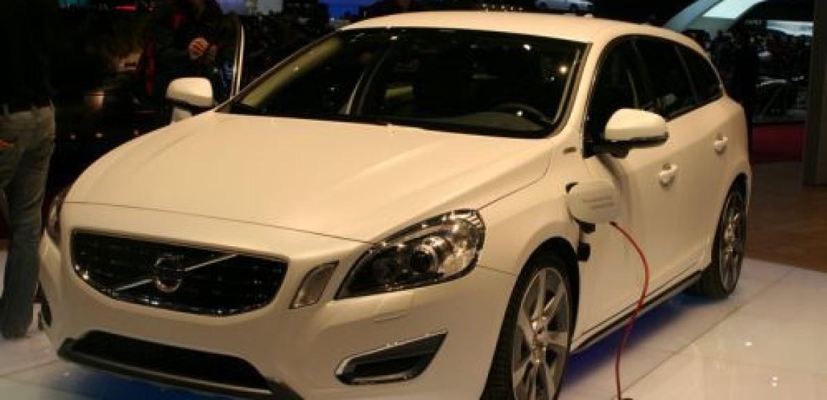 В 2012 году Volvo выведет на рынок гибрид V60 Plug-in Hybrid