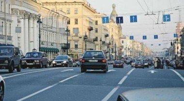 ГИБДД обозначила парковочные места на время реконструкции Невского проспекта