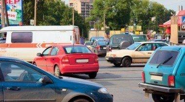 Продажи автомобилей в Европе снизились на 25,8%