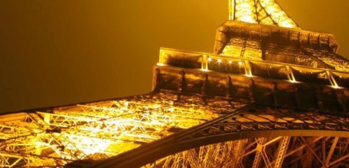 Citroen покажет световой спектакль на Эйфелевой башне