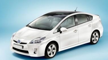 Toyota представляет в Детройте Prius нового поколения