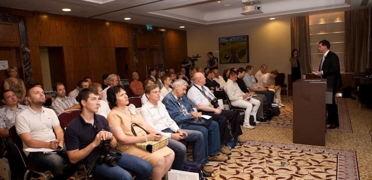 Компания Jaguar Land Rover Россия подводит итоги за первое полугодие 2012 года