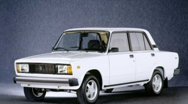 В апреле на АВТОВАЗе будут выпускать больше Lada-2105 и Lada-2107