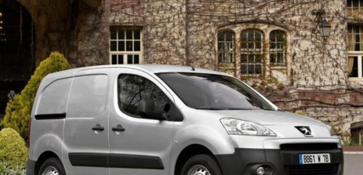 Peugeot New Partner VU признан лучшим малотоннажным фургоном 2010 года в России