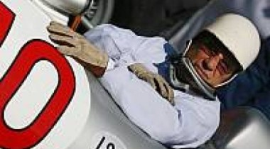 Мосс: «Новые правила ограничат Шумахера»