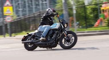 Тест Harley-Davidson Iron 1200. Железный конь из «ламповых» 1950‑х