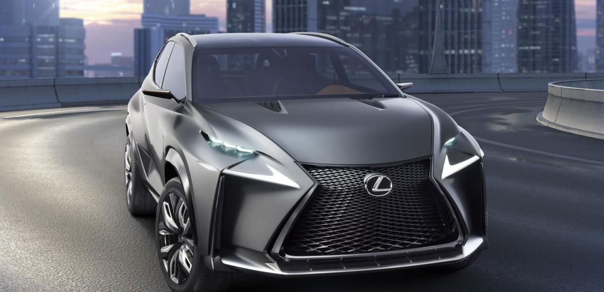 В Москве показали новый Lexus NX