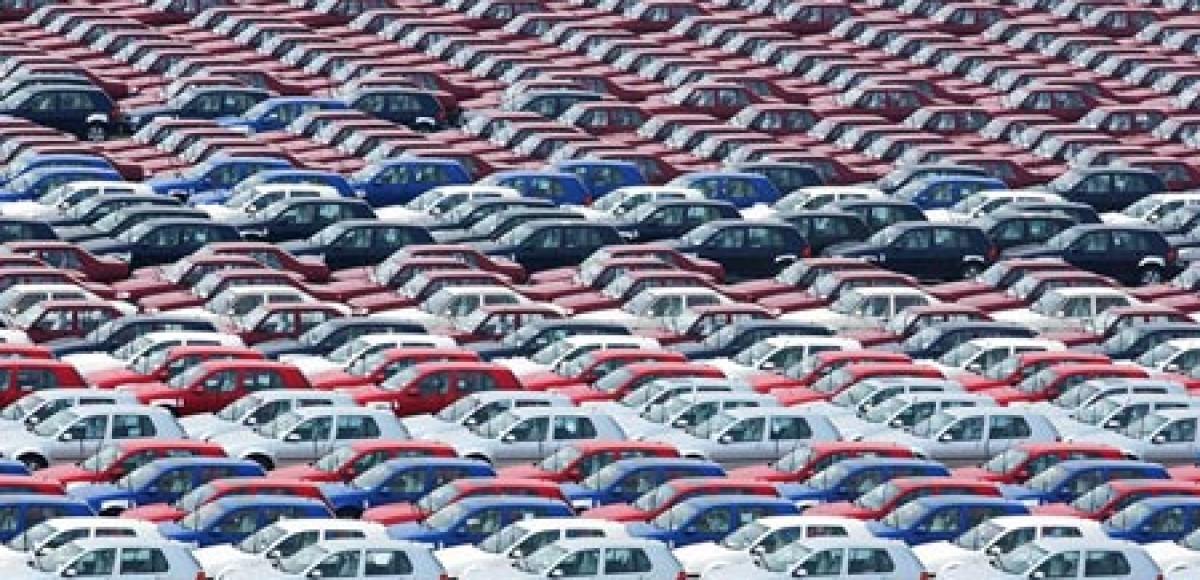 Почти у половины российских семей есть автомобиль