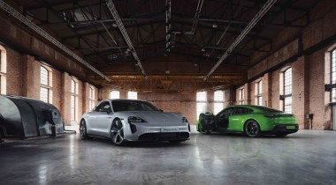 Для Porsche Taycan подготовили под сотню особых опций