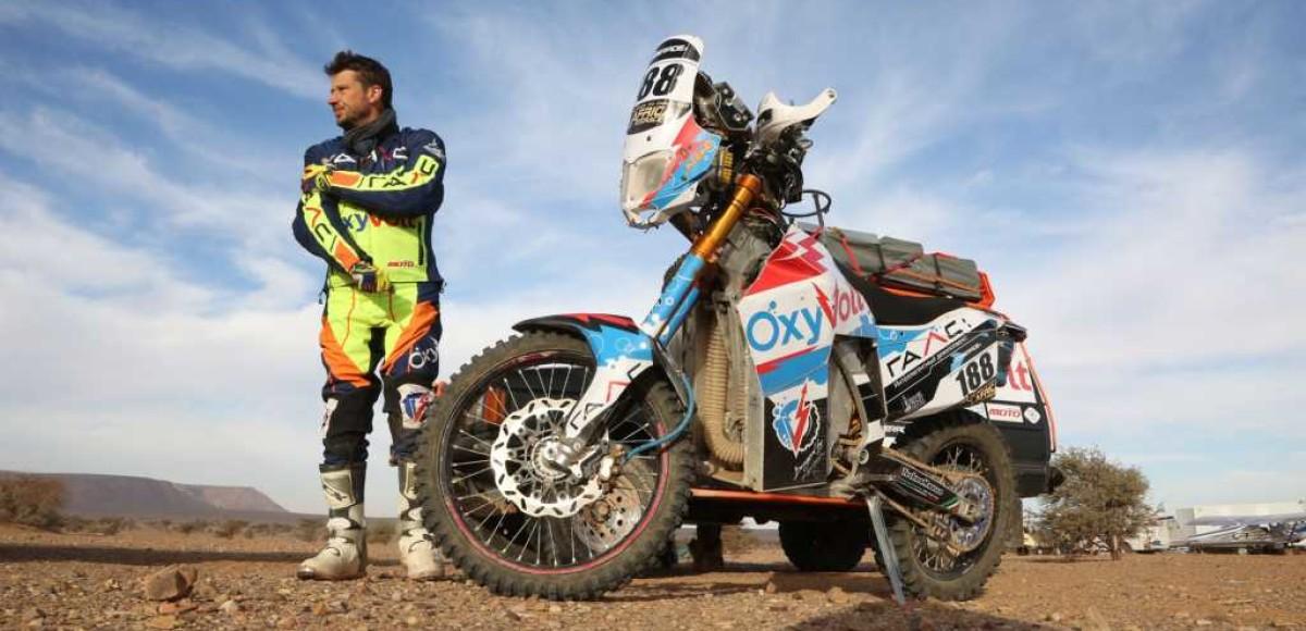 Африка, гонка и русский мотоцикл