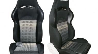 Спортивные сидения для автомобиля