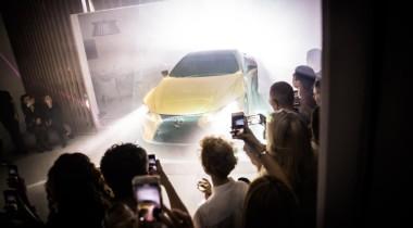 Lexus въехал в Dome