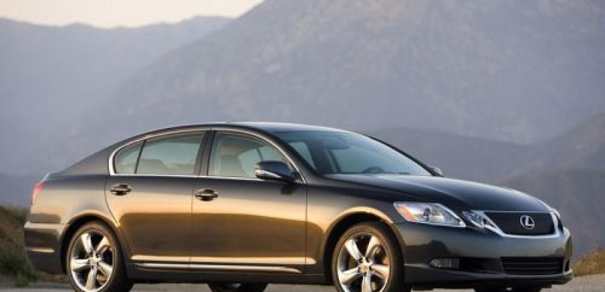 В России стартуют продажи Lexus GS 350 AWD с системой полного привода
