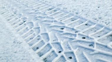 Правда и вымысел о шиповке и липучке. Какие зимние шины все-таки лучше?