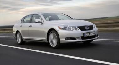 В России стартуют продажи нового Lexus GS