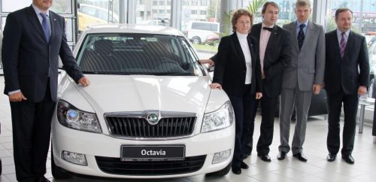 Skoda Auto Россия передала следующую партию автомобилей «Детским деревням – SOS» в России