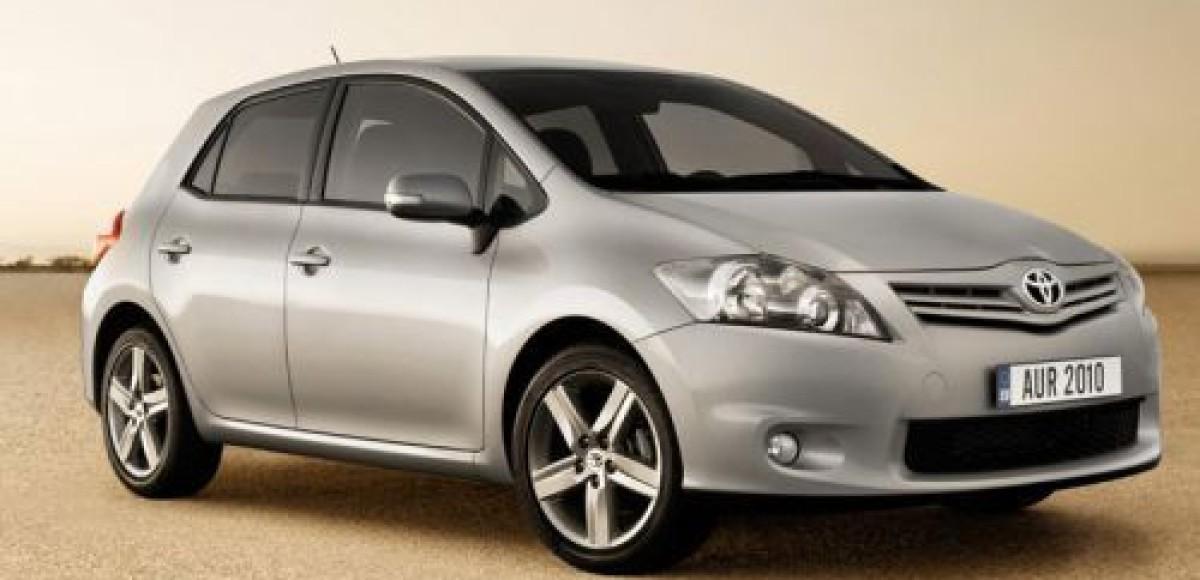 Toyota опубликовала фотографии нового Auris