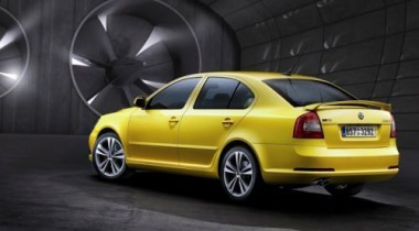 Škoda Auto опубликовала первые фото обновленных Octavia vRS и Octavia Scout