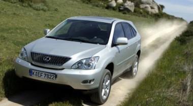 Попытка вывезти угнанный Lexus RX 300 в Казахстан провалилась