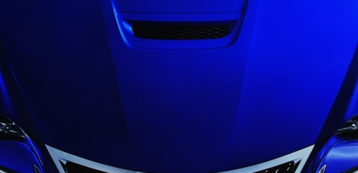 Lexus показал еще одну деталь спорт-купе